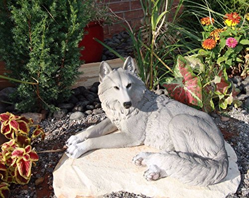 Ebros Direwolf Ghost Resting Alpha Gray Lone Wolf Large Statue 15.75