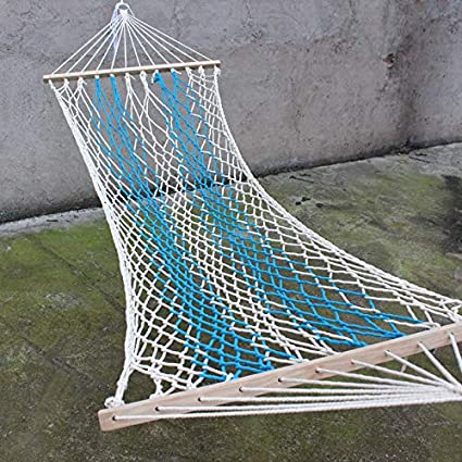 Amaca tradizionale in corda di cotone con accessori per appenderla.