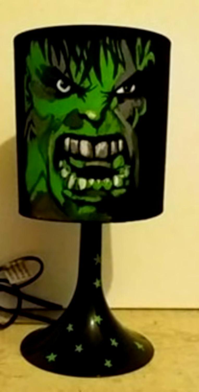 Main Ehye2b9wdi Chevet Hulkluminaires Et Avengers Lampe Peint De erQCBWxEdo