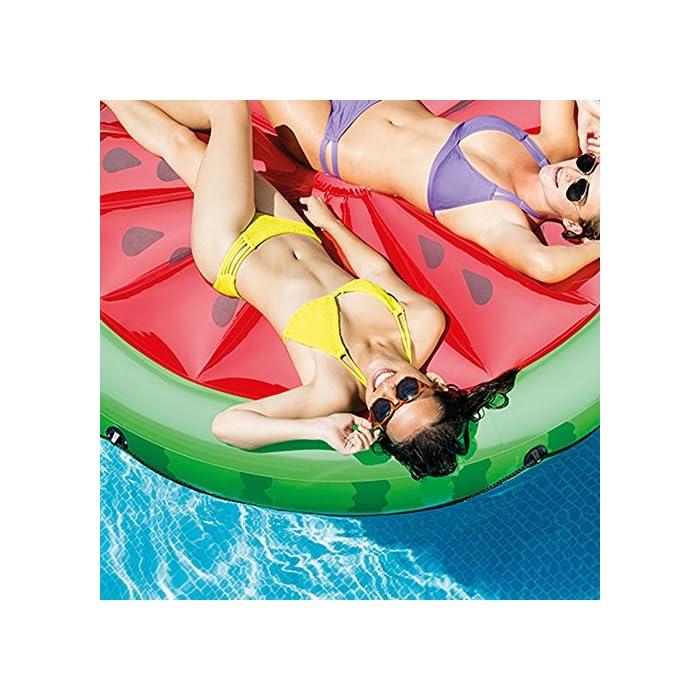 61sHAd5v4KL Colchoneta hinchable Intex con forma redonda y diseño de sandía Fabricada con materiales resistentes, su uso es para el agua o para tomar el sol Recomendada para 2 personas adultas, soporta un peso máximo de 200 kg