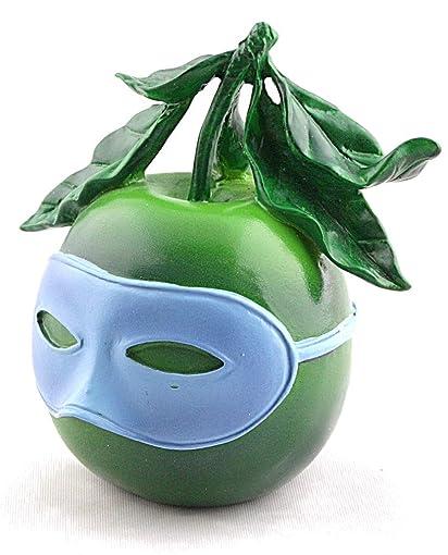 Magritte – Parastone Sculpture – Souvenir de Voyage Blindfolded Apple – Resin – 3.75 H x 3 W x 2.4 D