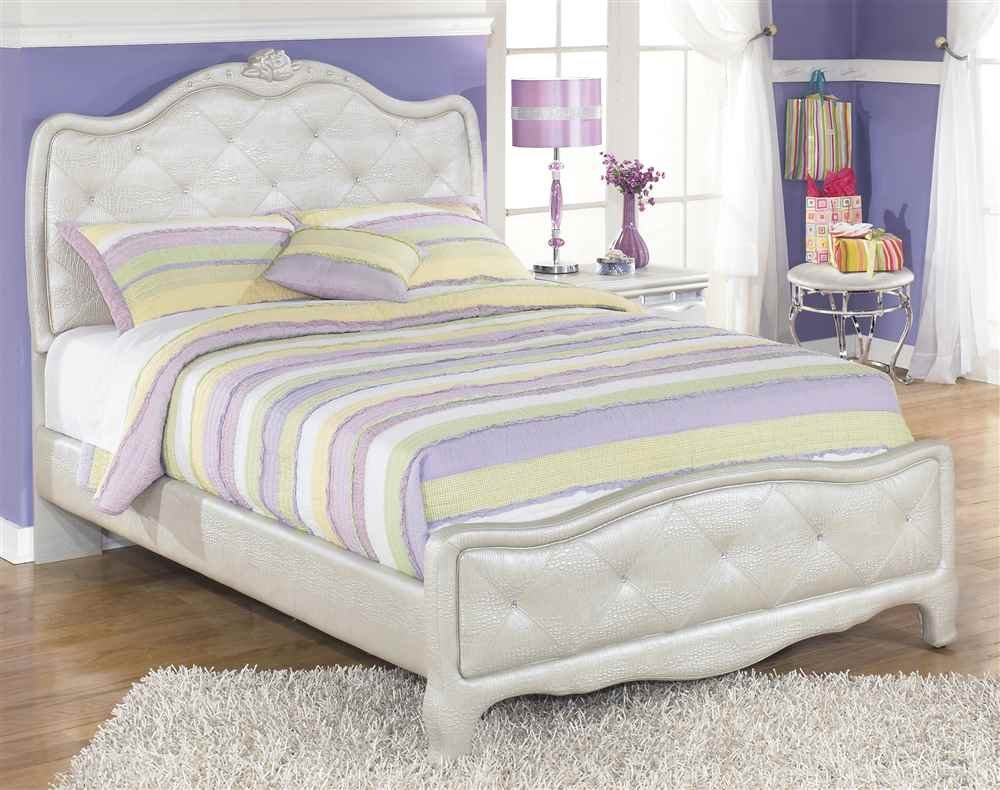 Kids Full Upholstered Bed in Silver