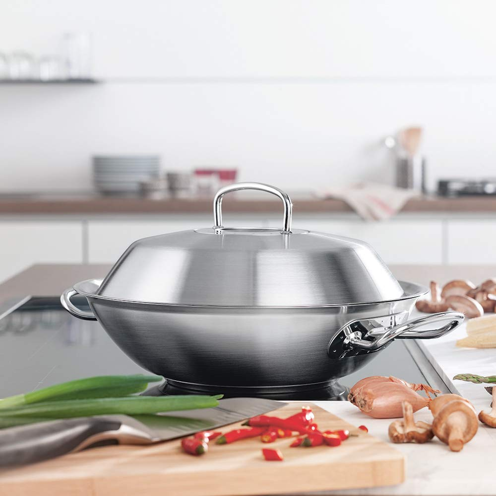 in Sturdy Non-sensitive Stainless Steel 35 cm Fissler original-profi collection Wok With Lid 084-823-35-000//0