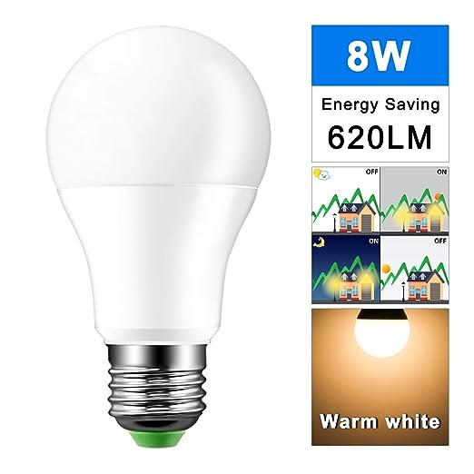 AOZBZ 8W E27 LED bombillas de aluminio 8 luces LED Sensor automático luz anochecer en el ...