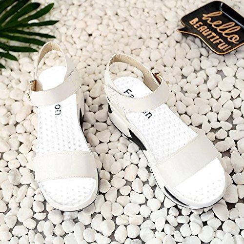 RUGAI-UE Sandalias de Verano Mujer Mujeres gruesas de deslizamiento de zapatillas de deporte de ocio White