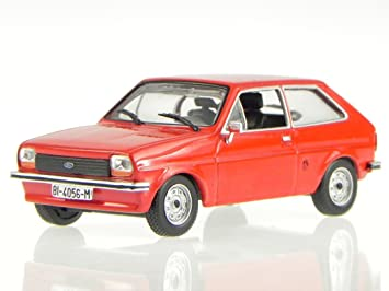 a5fca971c9a Ford Fiesta MK1 1976 Model Car, Red 1:43: Amazon.co.uk: Toys & Games