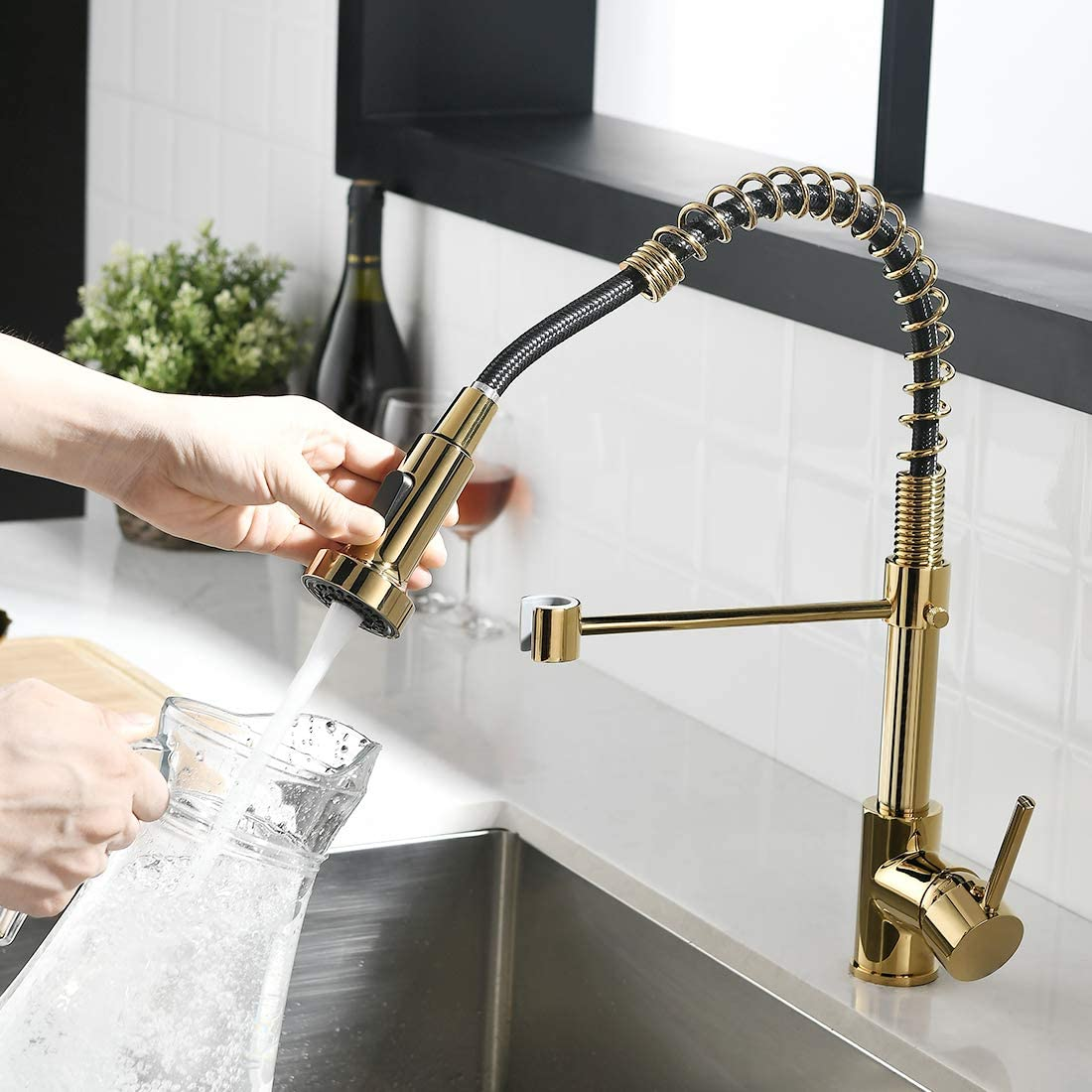Fapully Gold Kitchen Faucet with Sprayer,Pull Down Single Handle Kitchen Sink Faucet