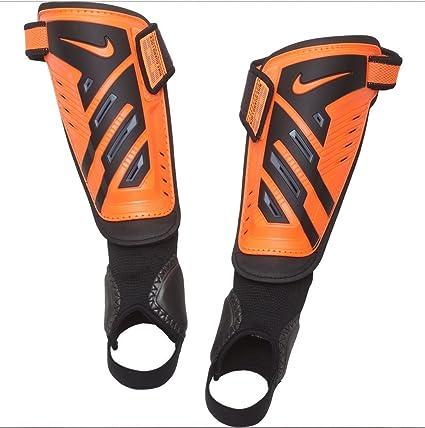 material abolir olvidar  Amazon.com : Nike Protegga Shield Youth Shin Guards (Orange, Small) :  Sports & Outdoors