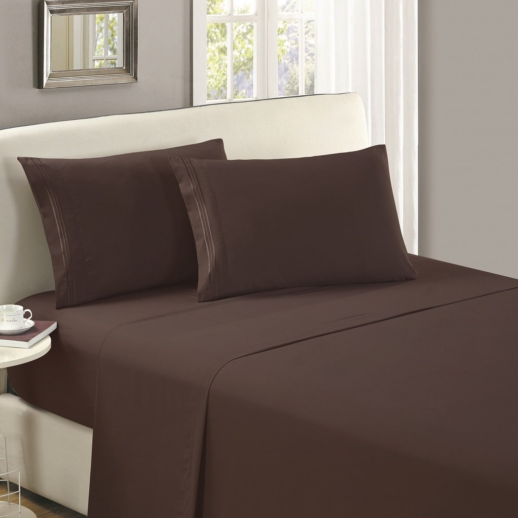 Mellanni Flat Sheet Twin XL Brown - Brushed Microfiber 1800 Bedding - College Dorm Room Top Sheet - Wrinkle, Fade, Stain Resistant - Hypoallergenic (Twin XL, Brown)