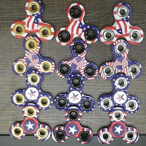 iGifts Inc. American Flag Fidget Spinner Sensory Patriotic USA Party Favor Novelty Toy (Pack of 24)