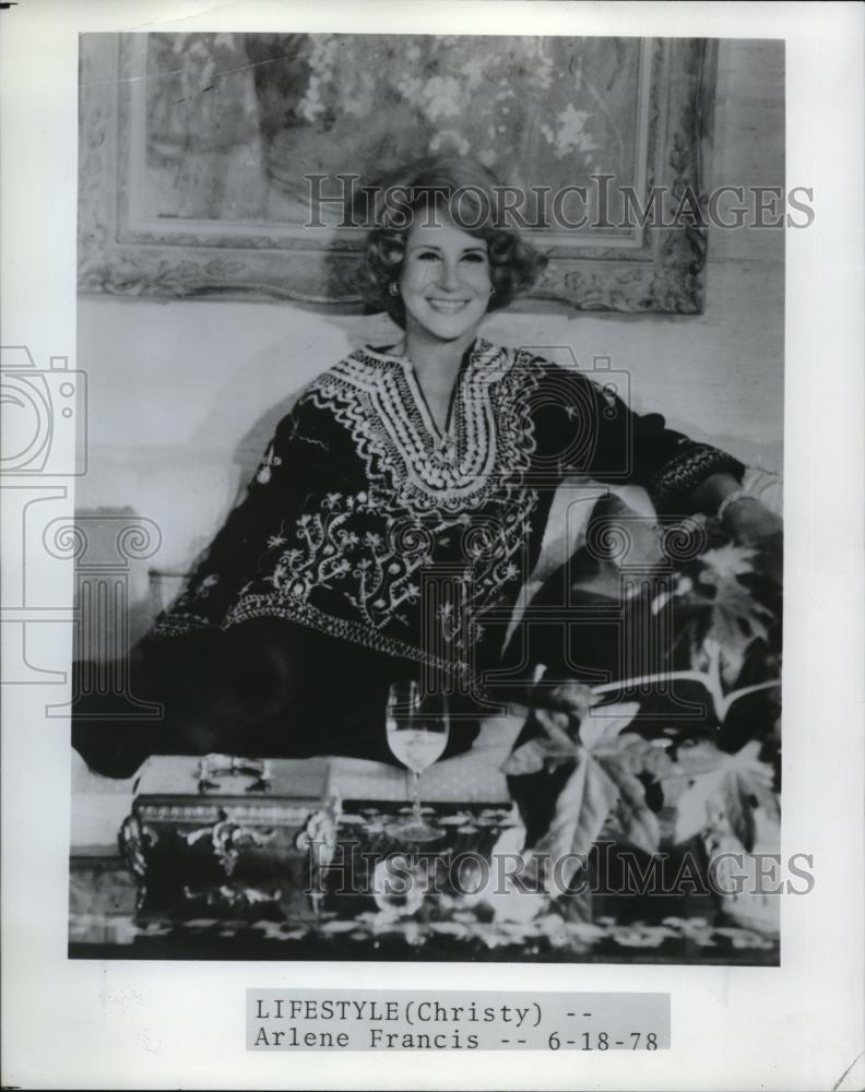 Gabrielle Carteris,Vibha Chibber Erotic photo Elisabeth Rohm,Jynine James (born 1972)