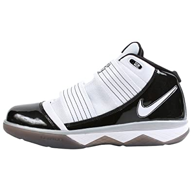 new products d9a02 c17d2 Nike Lebron Zoom Soldier III TB