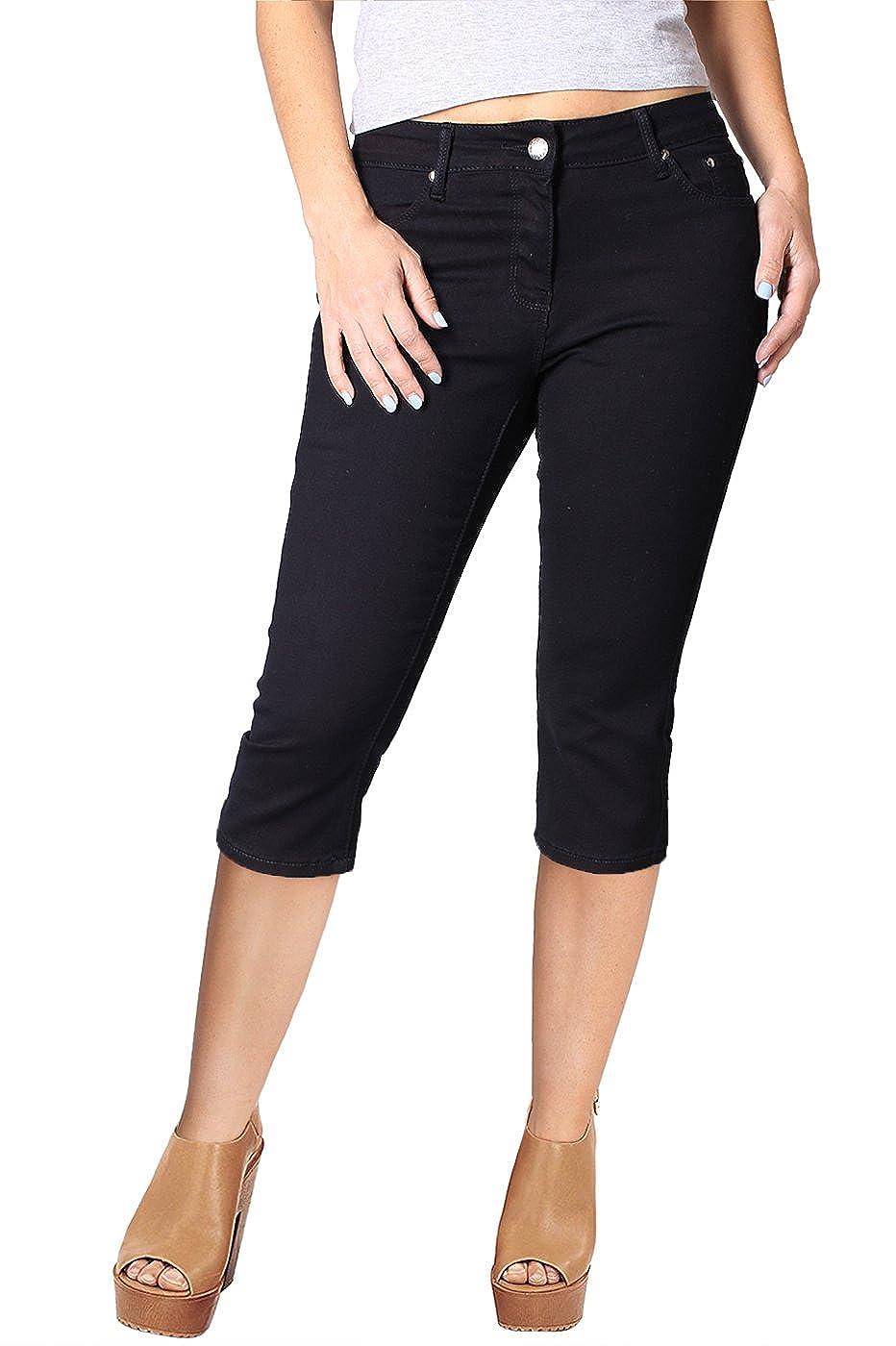 67571851e599c6 Amazon.com  2LUV Women s Stretchy 5 Pocket Skinny Black Capri Jeans   Clothing