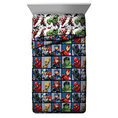 Jay Franco Marvel Avengers Team Twin Comforter - Super Soft Kids Bedding - Fade Resistant Polyester Microfiber Fill (Official Marvel Product): Home & Kitchen