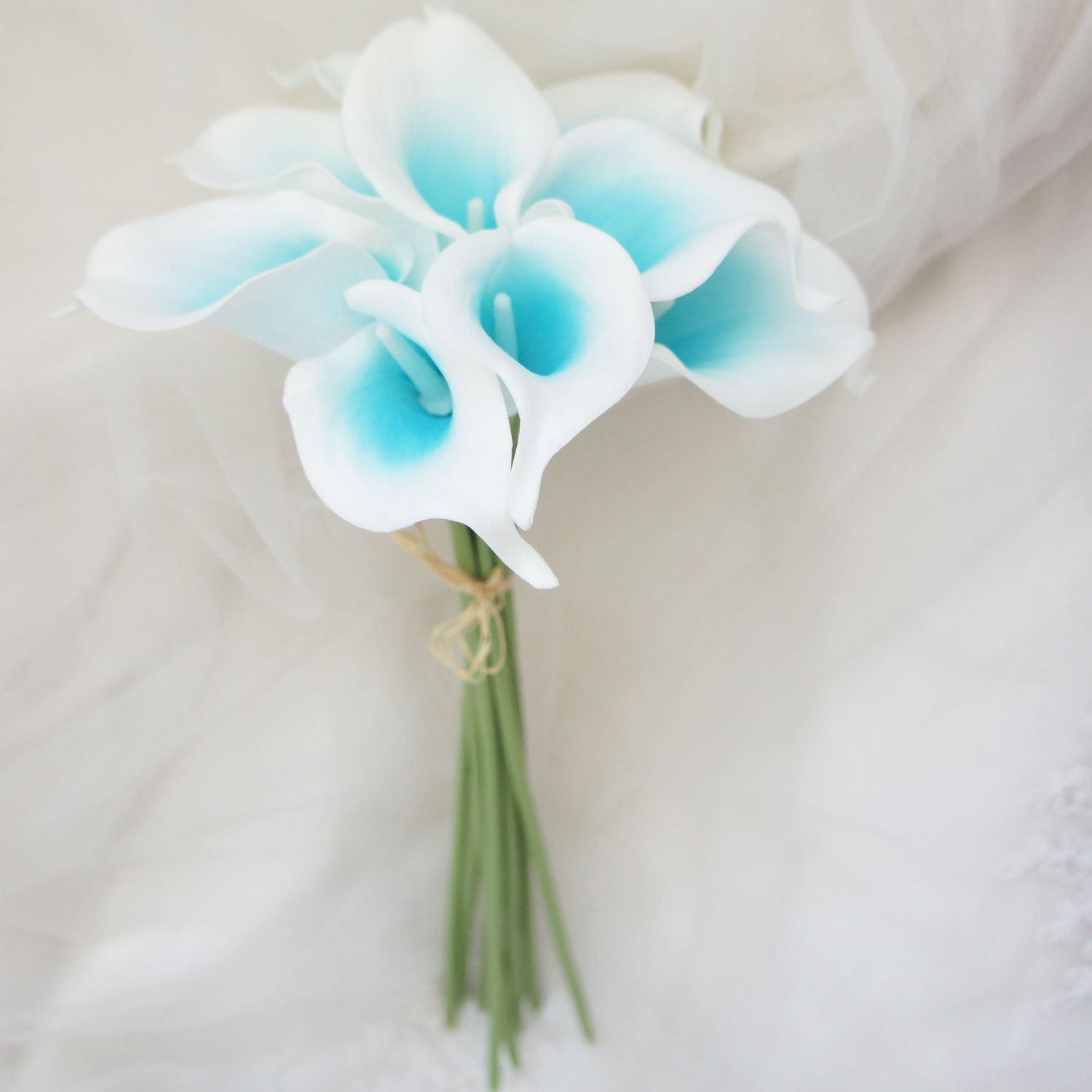 Amazon lily garden artificial picasso calla lily flower amazon lily garden artificial picasso calla lily flower bouquets turquoise and white home kitchen dhlflorist Gallery