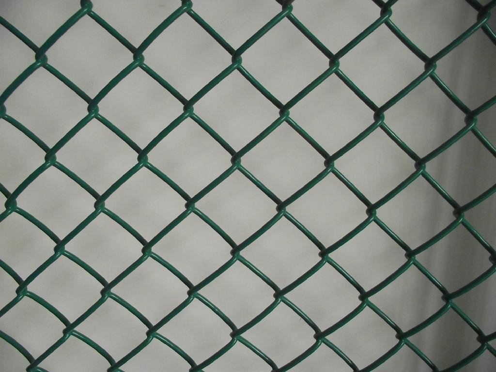 CrazyGadget Heavy Duty Green PVC Coated Chain Link Steel Mesh Fencing Barrier 1.2m x 10m