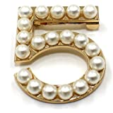 New Fashion Ladies Girls Brooches Pearls Leaves Cc Brooches Pin Clips Clothing Accessories Suitable for Any Occasions