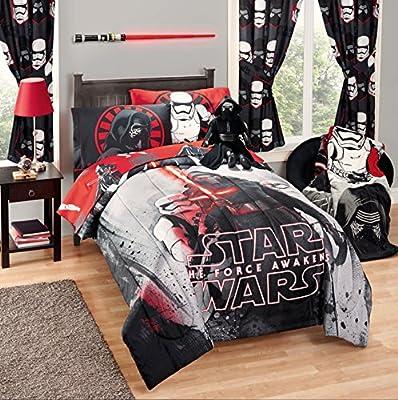 Disney Star Wars 5 Piece Kids Bed in a Bag Full Bedding Set - Reversible Comforter, Sheets & Pillow Cases