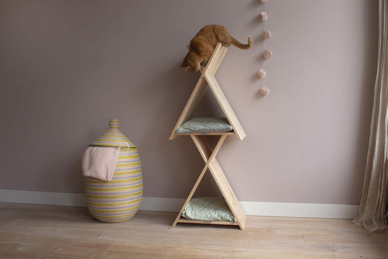 MaximaVida Deluxe wooden Cat Hotel 2 individual teepees on top of each other scratch polecut at an angle