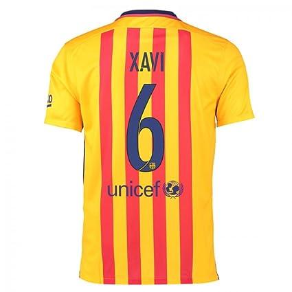 new arrival fe4be fcf91 Amazon.com : 2015-16 Barcelona Away Football Soccer T-Shirt ...