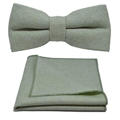 cc7c703dc7119 Image Unavailable. Image not available for. Color: Mint Green Herringbone Bow  Tie & Pocket Square Set
