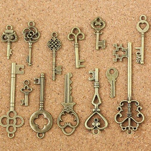 - 13Pcs Antique Old Look Bronze Keys Vintage DIY Pendant Metal Charms Decorations