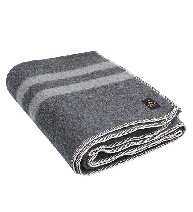 Putuco Thick Alpaca Wool Blanket - Thick and Stylish