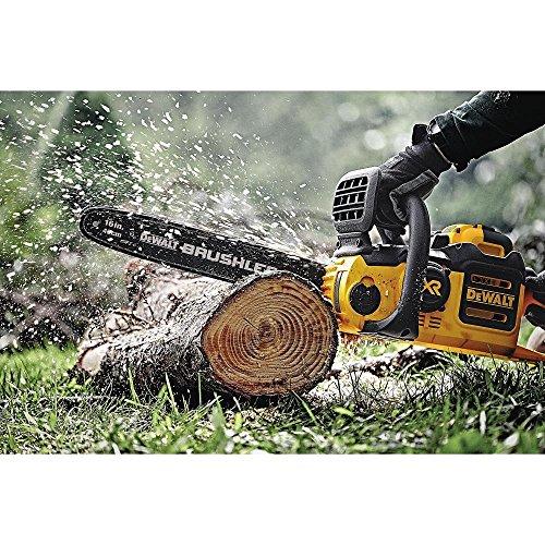 DEWALT-DCCS690X1-chainsaw