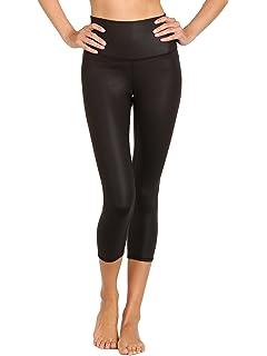 c98462286d Alo Yoga Women's Continuity Capri at Amazon Women's Clothing store: