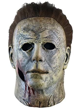 5893acae Amazon.com: Trick Or Treat Studios Halloween 2018 Michael Myers Bloody  Variant Mask Officially Licensed: Clothing