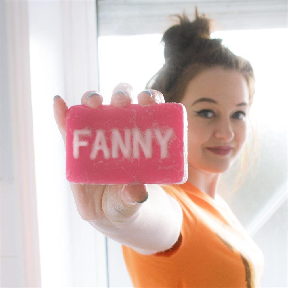 Ca sĩ Fanny Trần xuất thân là streamer