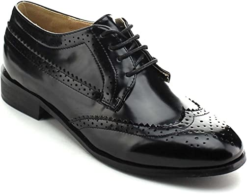 Classic Wingtip Cut Out Oxford Flats