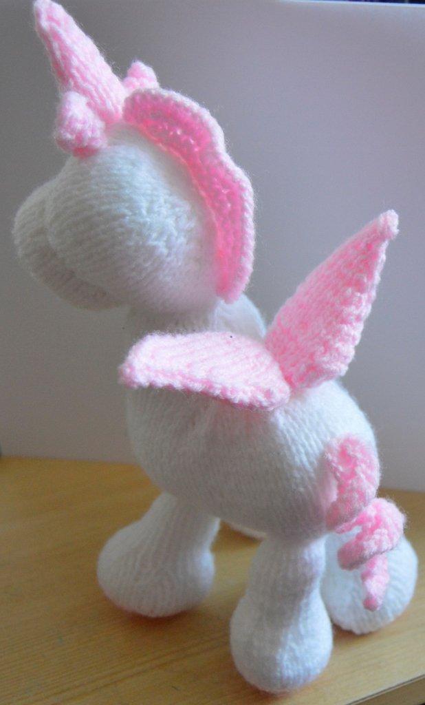 Knitting Pattern - Stardust the Unicorn Soft Toy Pattern: Amazon.co ...