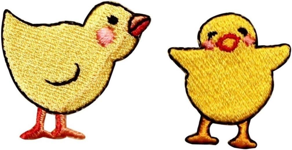 4 small crochet chick  applique//embellishment