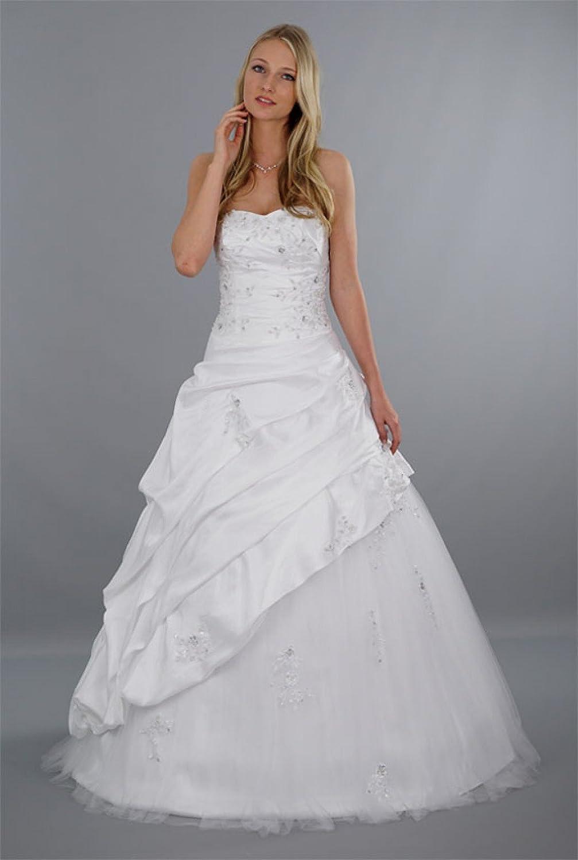 Schmetterling Brautkleid Damen mit herzförmigen Dekolleté Modell ...