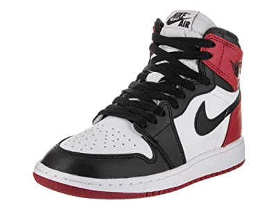 buy online 22655 bb16a Amazon.com   Jordan Big Kids Air 1 Retro High OG Blacke Toe (GS) (White  Black-Varsity red)   Basketball