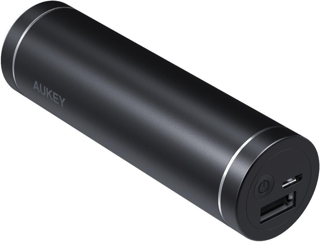 AUKEY Batería Externa de 5000 mAh, Cargadores portátiles compactos, Cargador de batería para iPhone X/8 Plus, Samsung S9/Note8, iPad, Auriculares Bluetooth, Pulsera de Actividad y más (Negro)