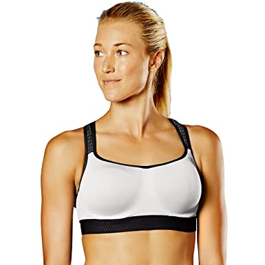 2423135f059 Champion Womens Show-Off Wired Sports Bra at Amazon Women s Clothing store