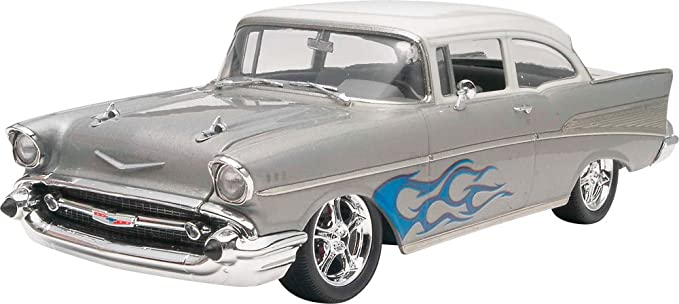 amazon com revell 57 chevy bel air 2n1 1 25 scale toys games