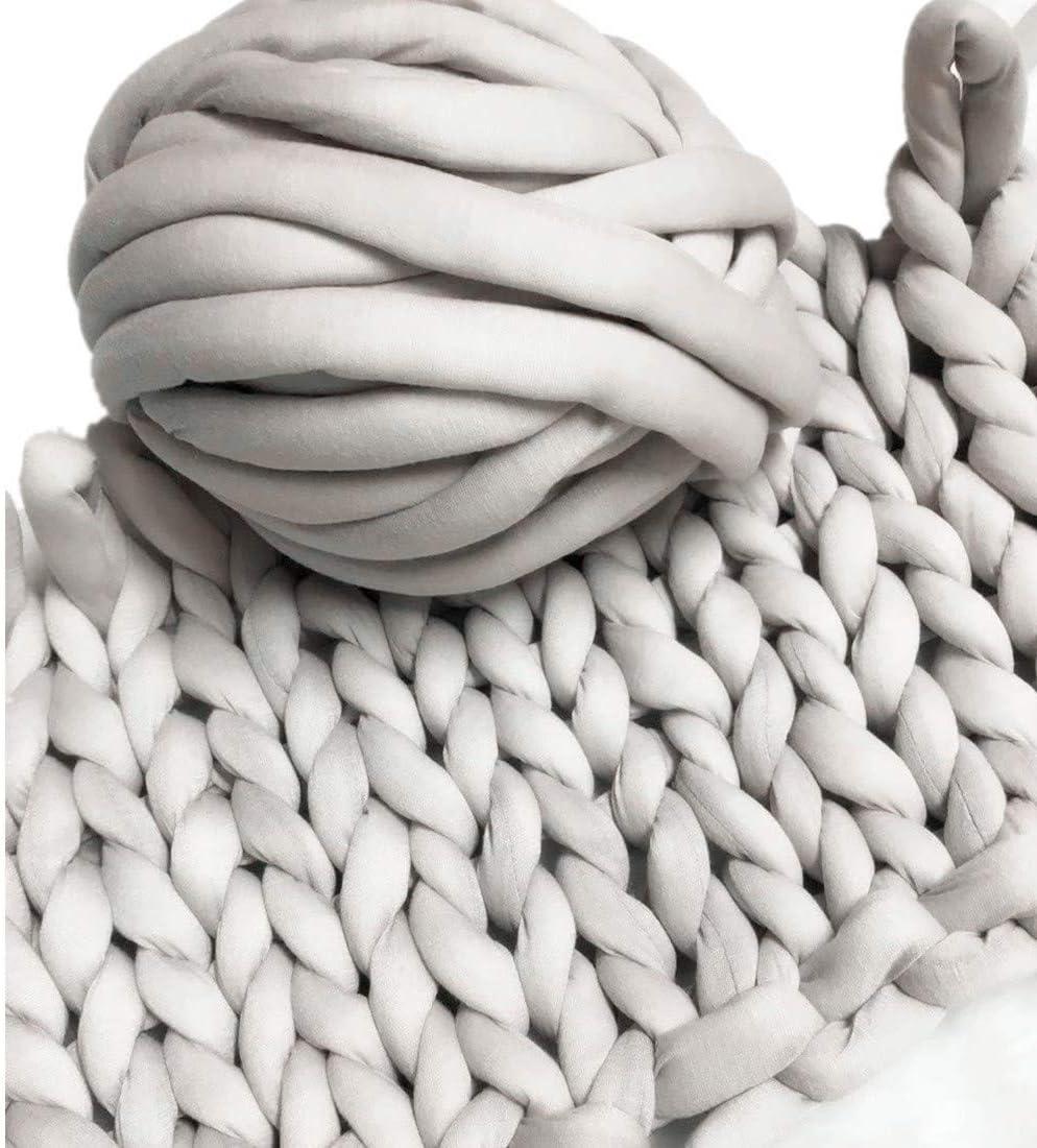 Amazon Com Super Chunky Vegan Yarn Acrylic Bulky Thick Roving Washable Softee Chunky Yarn For Arm Knitting Diy Handmade Blankets Grey 20m