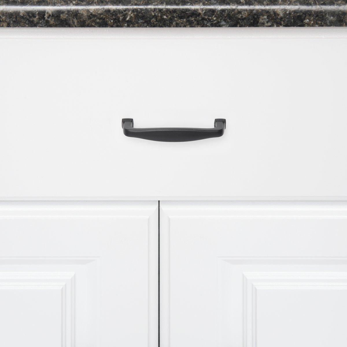 espacement des trous de 9,52 cm Noir Basics Lot de 10 poign/ées de placard vo/ût/ées traditionnelles Longueur/: 11,12 cm