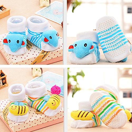 VWU Lot de Aléatoire 15 Paires Unisexe Bebes chaud et épais Infant Antiderapants Chaussons Cartoon Nouveau-Nés Bébé Chaussettes en Coton 0-18 mois
