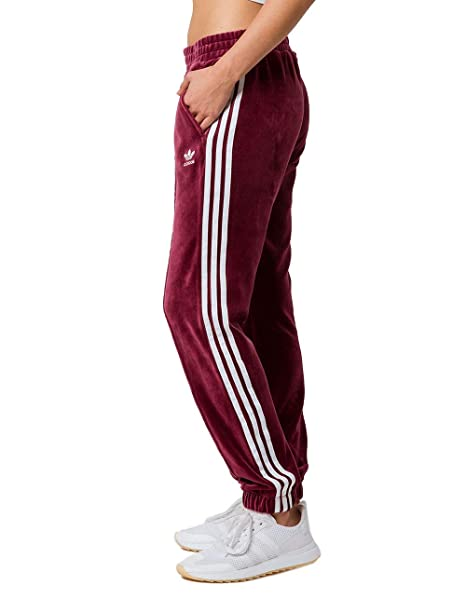 36f756d73af2 adidas Originals Womens Regular Cuffed Track Pant  Amazon.ca  Clothing    Accessories