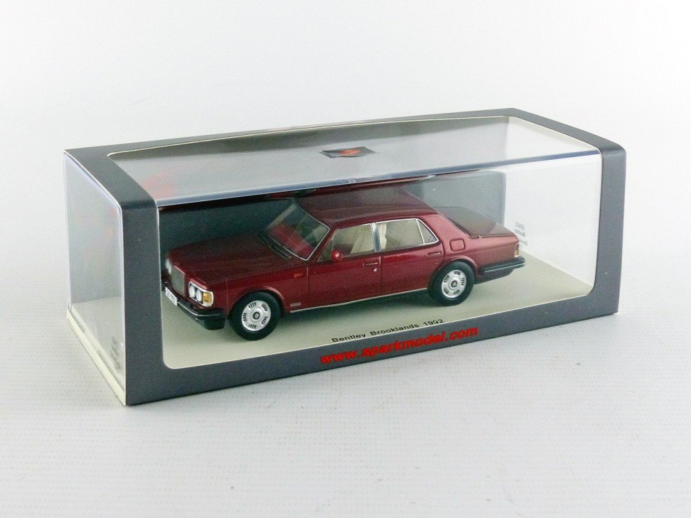Spark - s3812 - Bentley Brooklands - 1992 - Escala 1/43 - Rojo Metal: Amazon.es: Juguetes y juegos