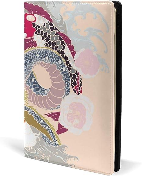 Tatuaje tradicional japonés con diseño de peces koi con ondas y ...