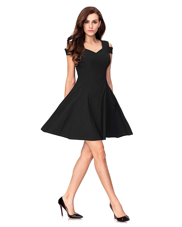 Girlistan - How to Make Black Dress Look More Interesting?