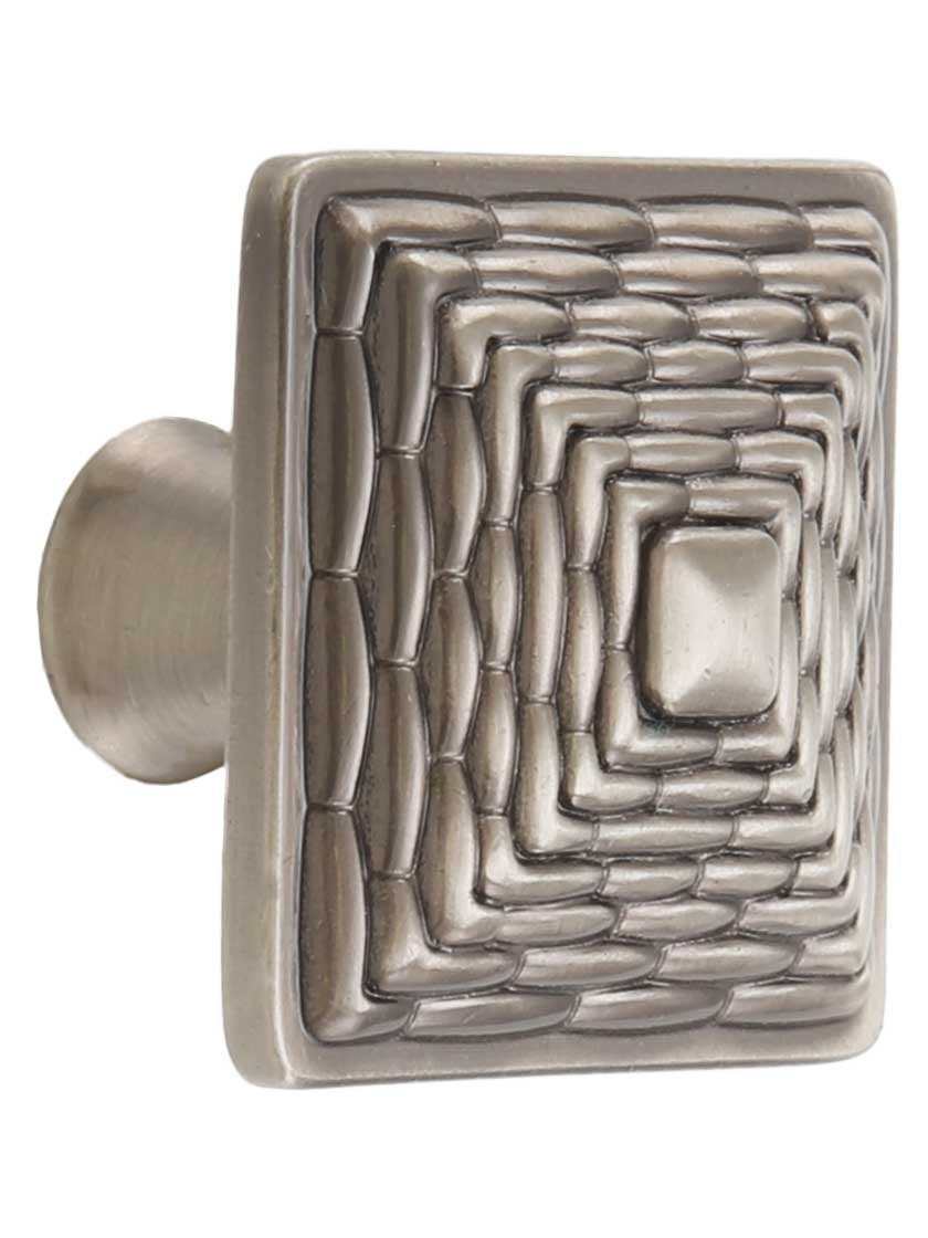Mandalay Square Knob Finish: Brushed Nickel Atlas Homewares