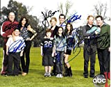 Modern Family Cast Signed Autographed 8 X 10 Reprint Photo - Mint Condition