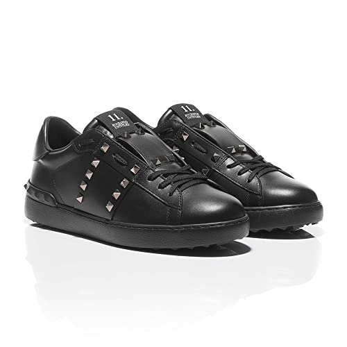 d137ee8306d8 Valentino Rockstud Untitled  11 Leather Sneakers  Amazon.co.uk ...