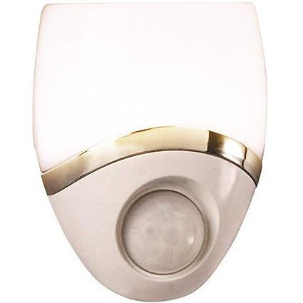 93d0a7776a1a Westek Motion-Sensor LED Night Light – Plug-In LED Lights Turn on When  Sensor Detects Motion – Ideal for Bedroom, Bathroom, Hallway, Nursery,  Garage, ...
